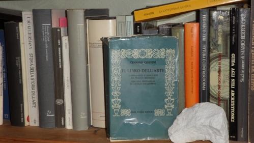 La mia copia del Libro dell'Arte di Cennino Cennini edizione Neri Pozza 1971.