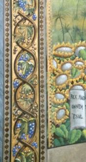 Particolare della cornice del dipinto posto dietro l'altare