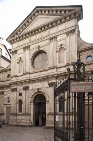 Santa Maria presso San Satiro Milano - Facciata ingresso su via Torino