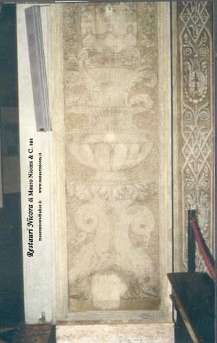 Santa Maria presso San Satiro Milano - Transetto destro - Pilastro a candelabra durante i restauri. In questa foto si nota il disegno posizionato a spolvero.