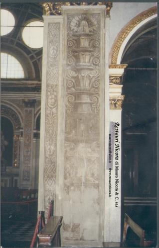Santa Maria presso San Satiro Milano - Transetto destro - Pilastro a candelabra prima dei restauri