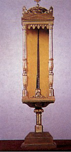 Il pugnale del miracolo custodito nella sacrestia della chiesa di Santa Maria presso San Satiro Milano.