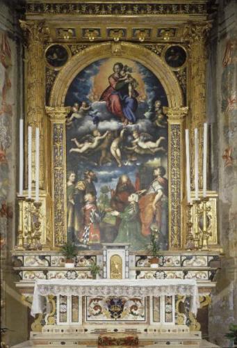 Giulio Campi (1539) Madonna in gloria con Bianca Maria e Francesco Sforza, con i santi (da sin. ) Daria e Sigismondo, Girolamo e Crisante, pala d'altare. Cremona - Chiesa di S. Sigismondo - Abside