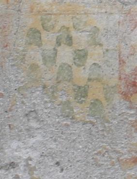 Villa Cascina Sforzesca, Vigevano - Colombarone di Nord/Ovest, facciata nord - Vaio in punta nella fascia decorativa dipinta attorno alla finestra del piano terra.