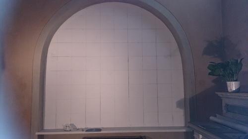 Mauro Nicora, 2015 - Assunzione - Chiesa di Santa Maria nascente, Bodio-Lomnago (VA) . Riquadratura della parete ove di andrà a dipingere.