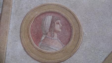 Medaglione con busto di Beatrice d'Este alla Sforzesca di Vigevano