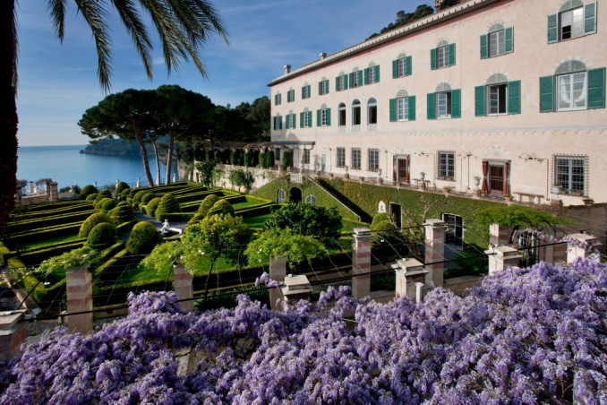 La Cervara - Abbazia di San Girolamo al Monte di Portofino. Facciata dell'antico monastero.